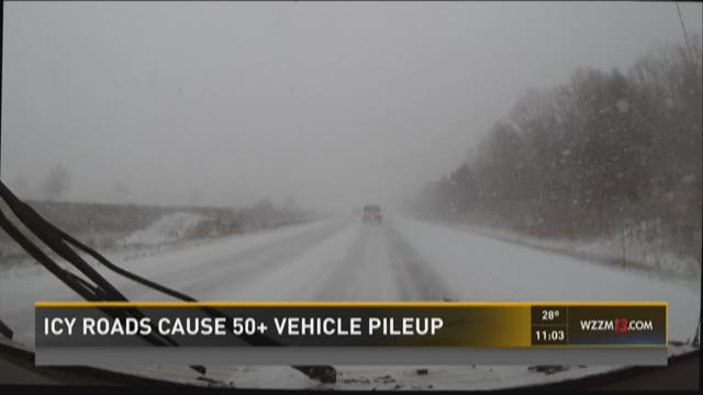Car Accidents M  Mile Road Michigan December