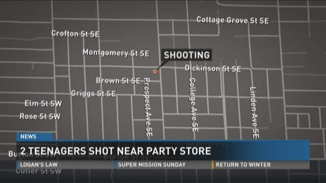 2 teenagers shot near Grand Rapids party store