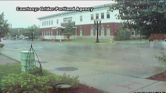 VIDEO: Tornado sweeping through Portland