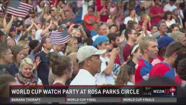 Crowd gathers to watch USA play in Women's Soccer World Cup Championships