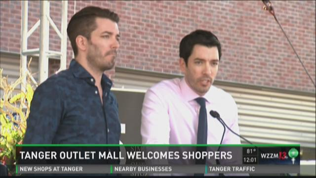 Tanger Outlets opens West Michigan location