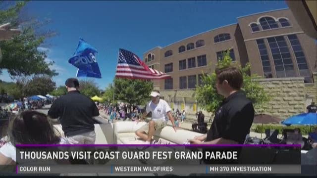 Thousands visit Coast Guard Festival Grand Parade