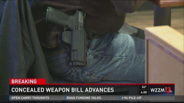 Concealed weapon bill advances in Lansing